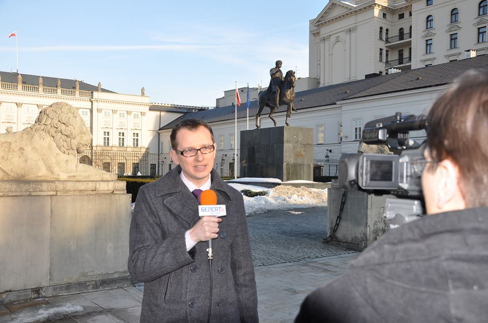 Polska niesie kaganek demokracji na Wschód