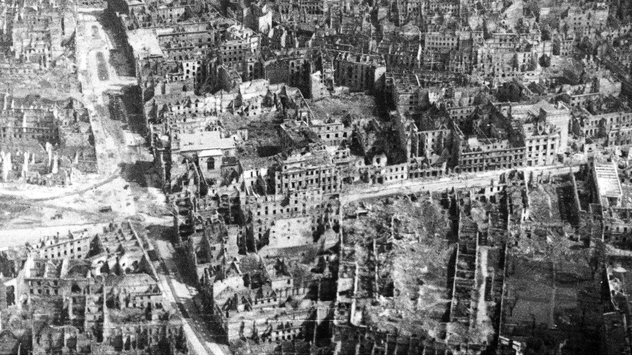 https://myslpolska.info/wp-content/uploads/2021/09/Warszawa_1946-1280x720.jpg